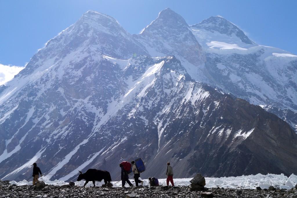 Barabáš - Broad Peak od základného tábora K2
