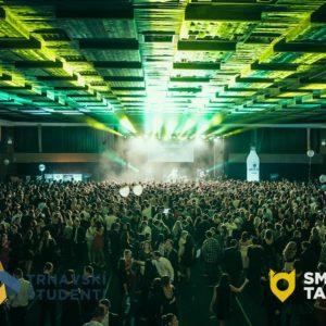 Trnavské univerzity spojili sily: 2000 ľudí na jednom parkete zažilo najväčšiu párty roka