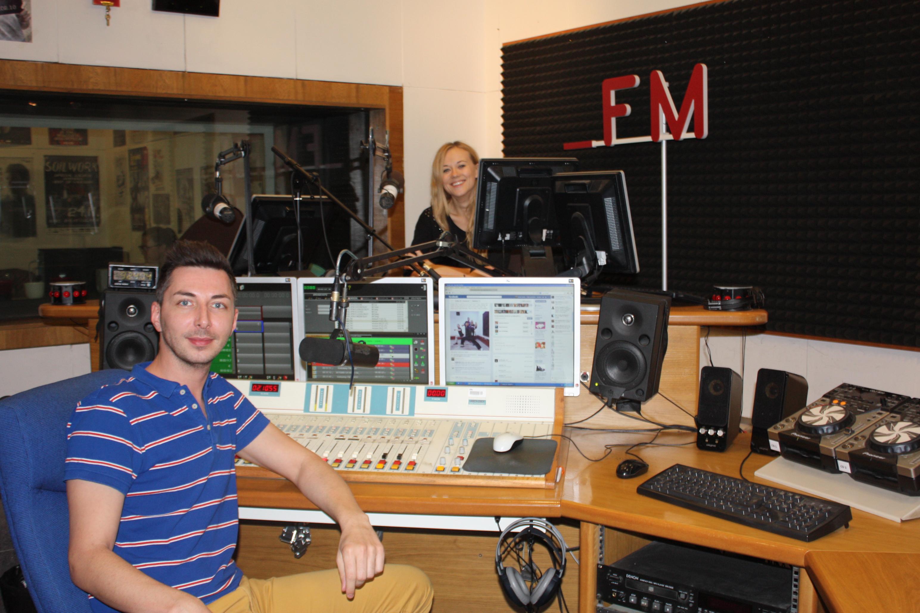 Ráno na FM s Egom a Dominikou