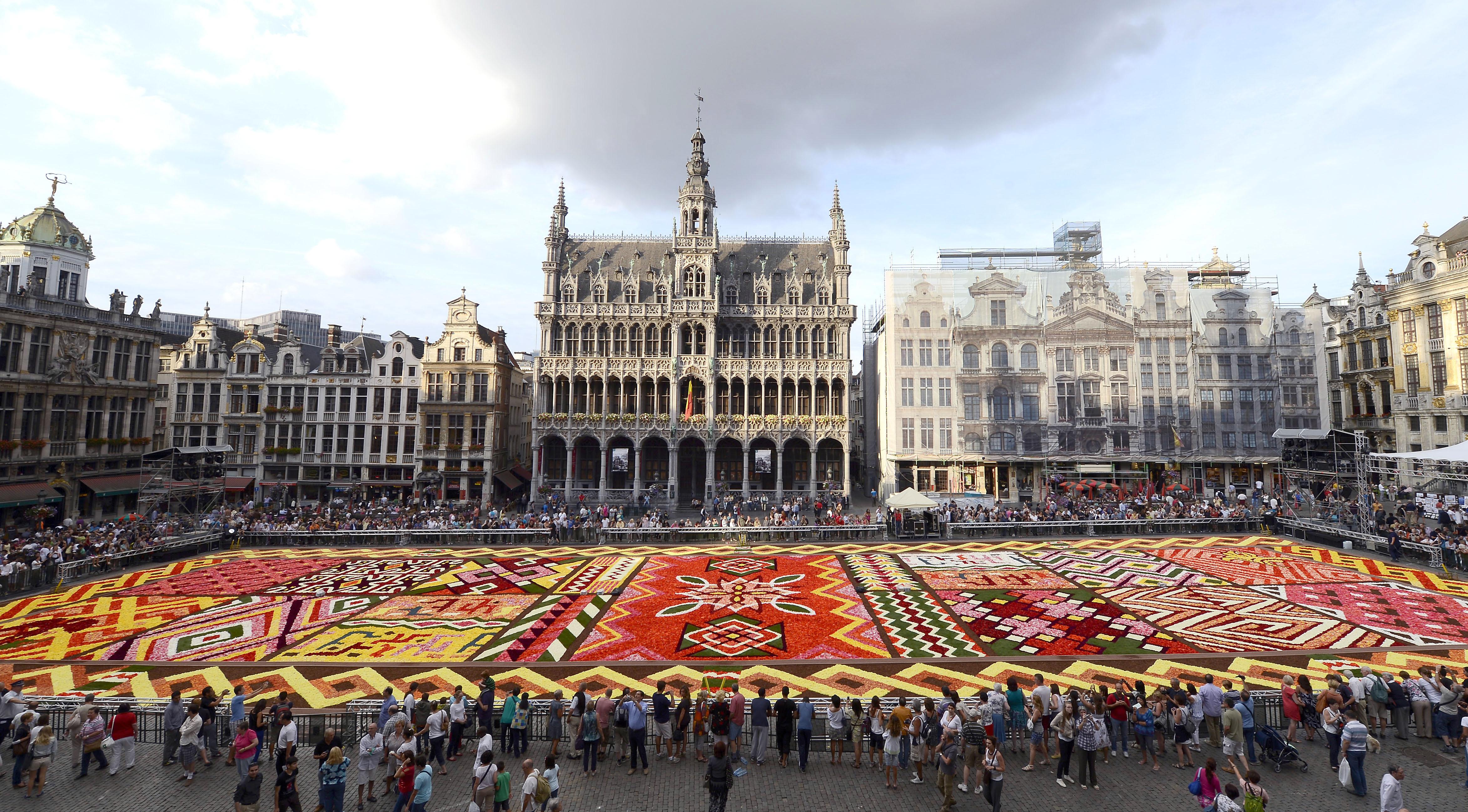 Tapis de fleurs 2012 de la Grand-Place à Bruxelles