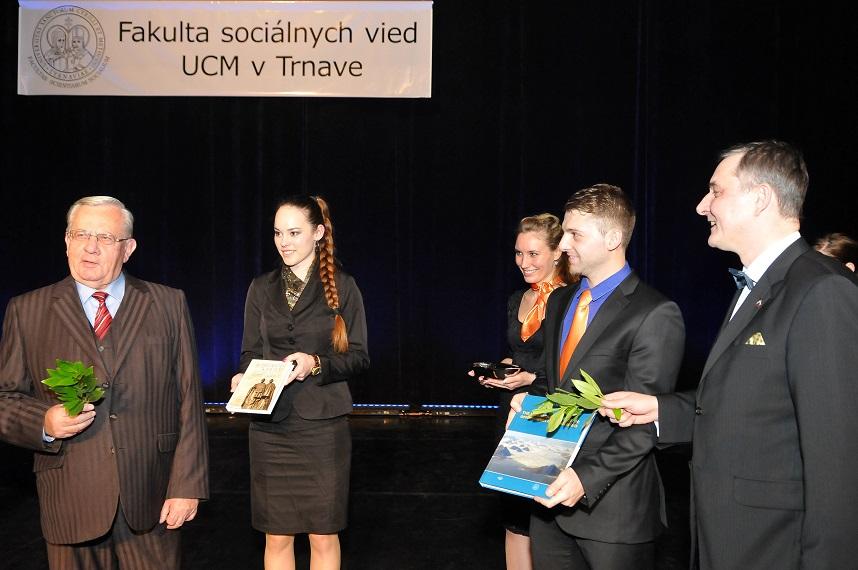 Fakulta sociálnych vied na UCM oslávila svoje druhé narodeniny