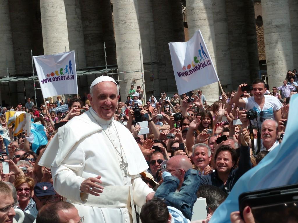 Úlohou pápeža je vysvetliť veci, ktoré sa v Biblii skrývajú.