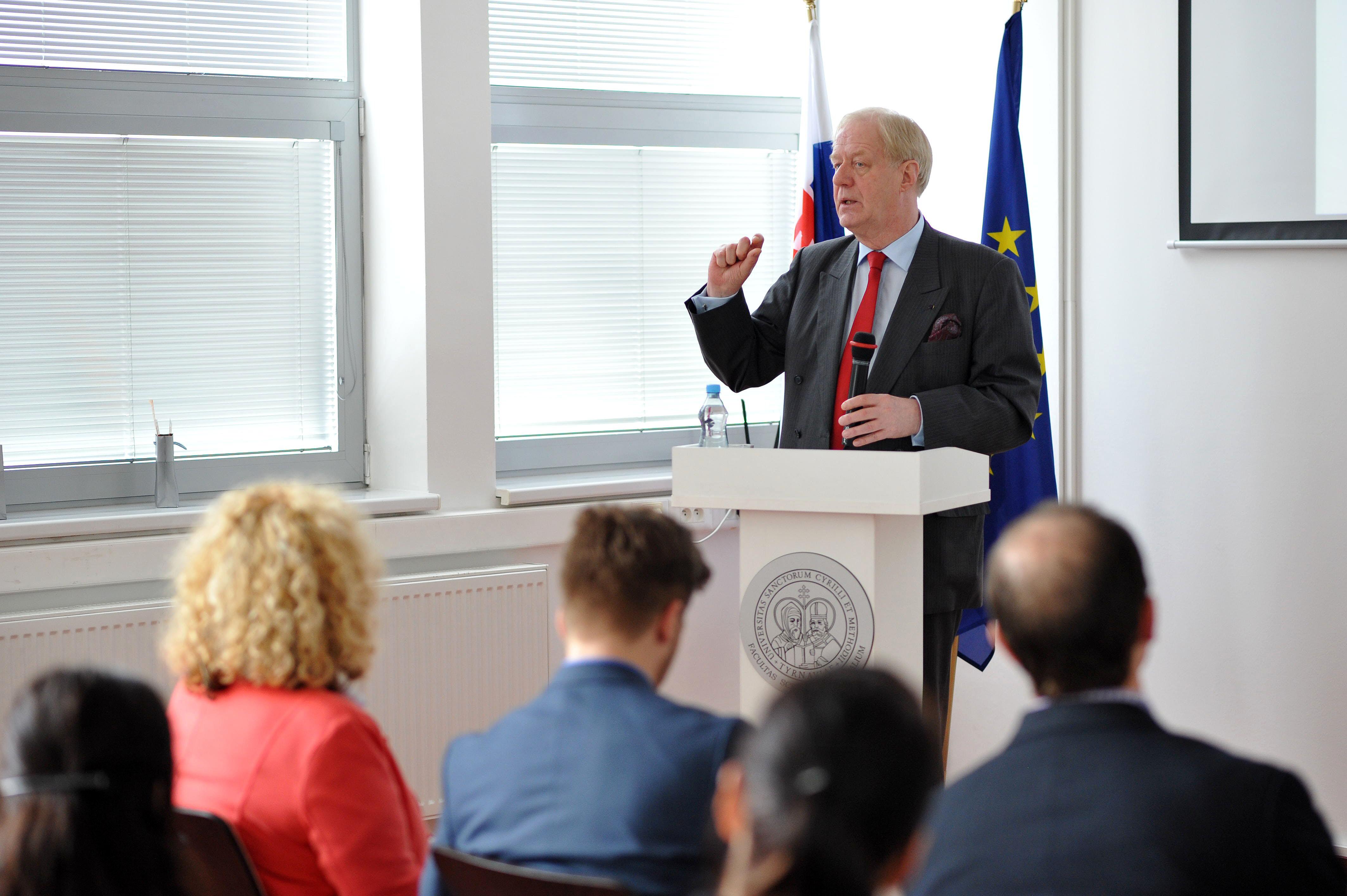 Centrum európskych štúdií hostilo veľvyslanca Holandského kráľovstva