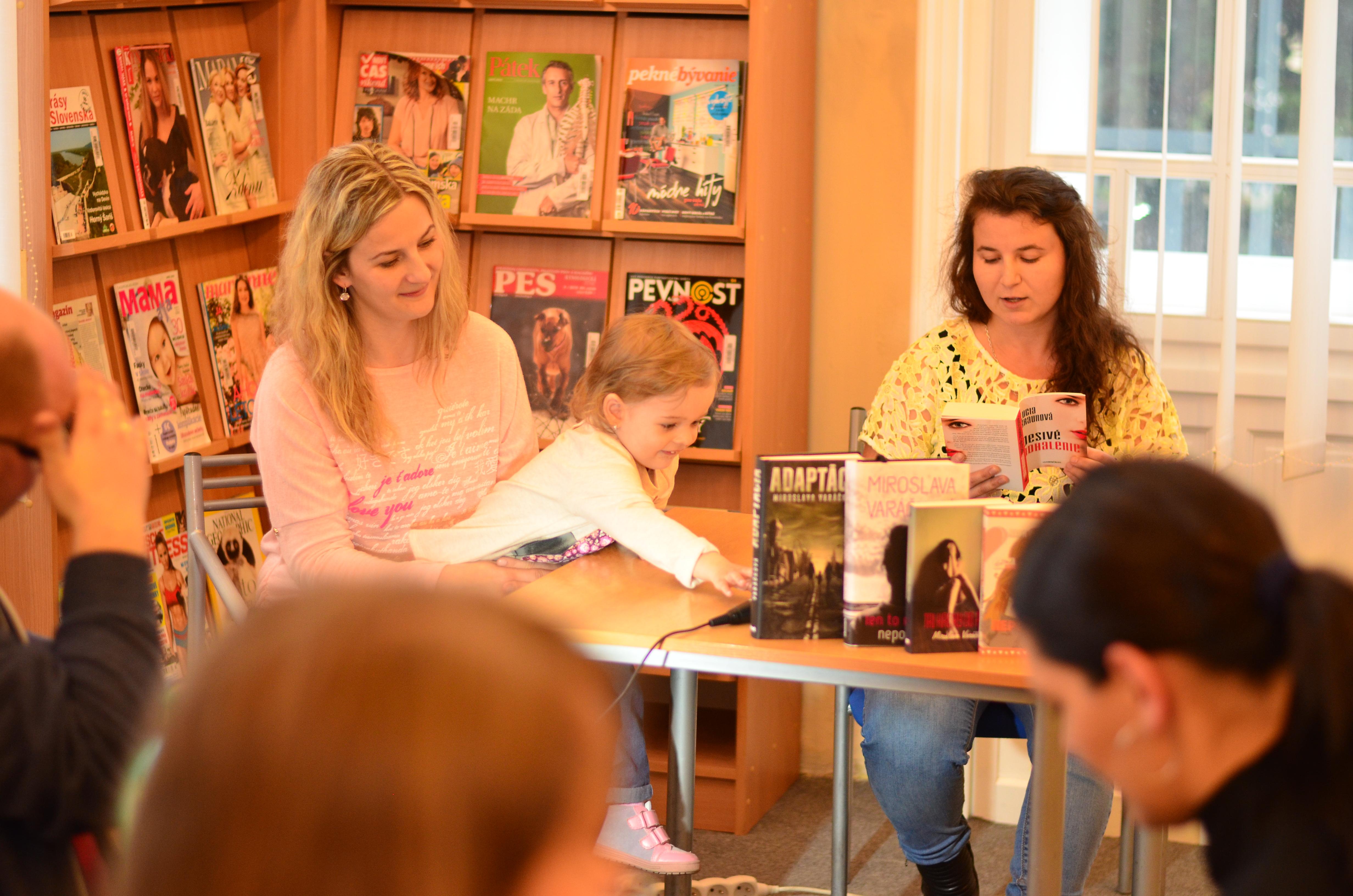 V trnavskej knižnici sa stretli spisovateľky