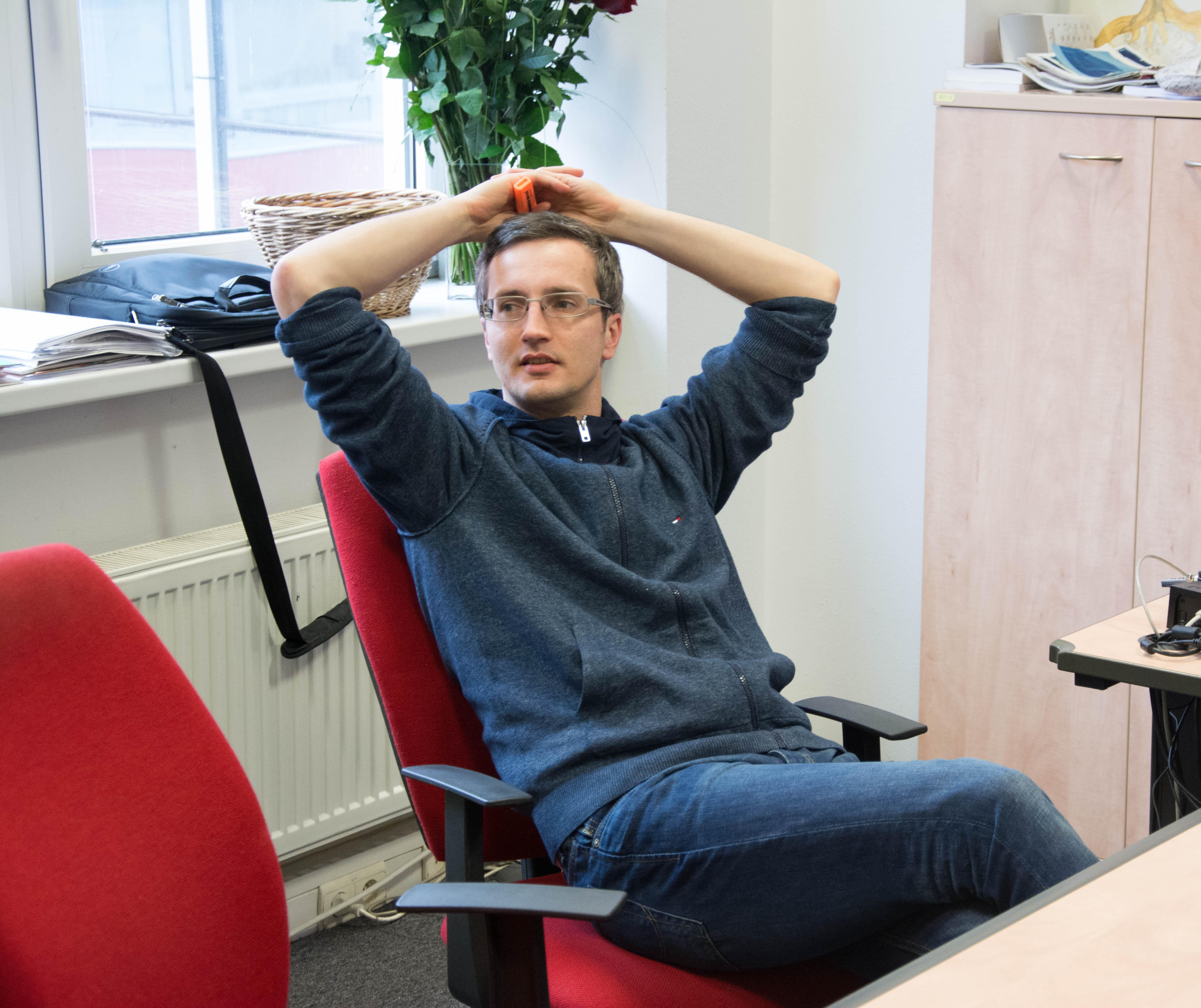 Tomáš Prokopčák je od roku 2015 zástupcom šéfredaktorky pre SME.sk a online redakciu