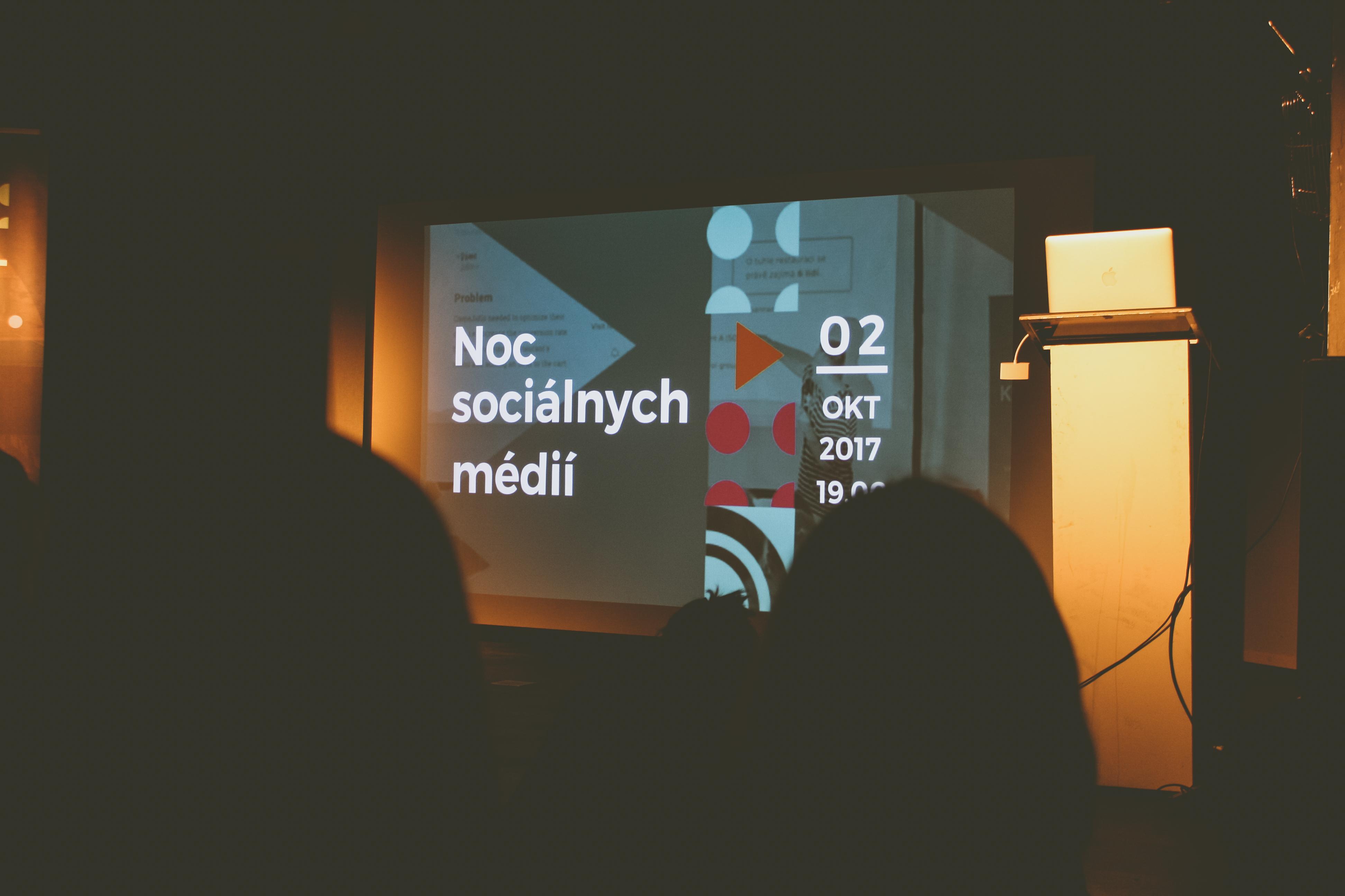 Noc sociálnych médií – svet online marketingu v skratke