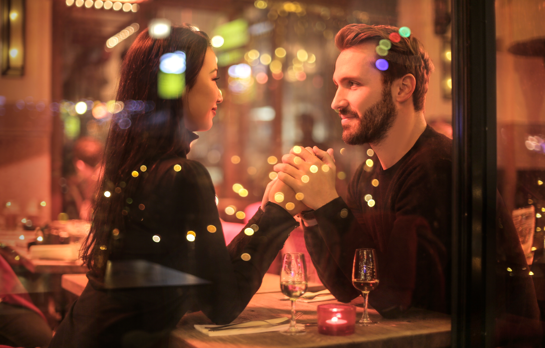 Zoznamovanie ako z amerických filmov. Predstavujeme SPEED DATING na vlastnej koži!