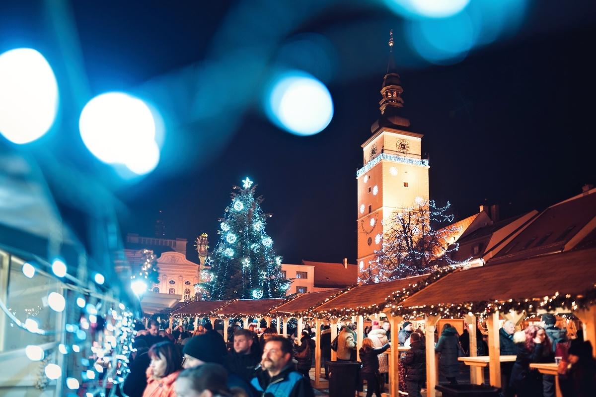 Vianočná Trnava ponúka marshmallow čokoládu a iné skvosty