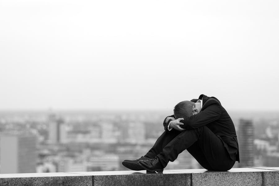 Trpí ňou cez 300 miliónov ľudí. Toto sú najčastejšie príčiny depresie