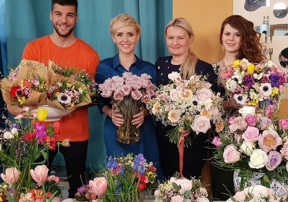 Keď ide niekto na pohreb s umelou kyticou, považujem to za neúctu, hovorí úspešná floristka