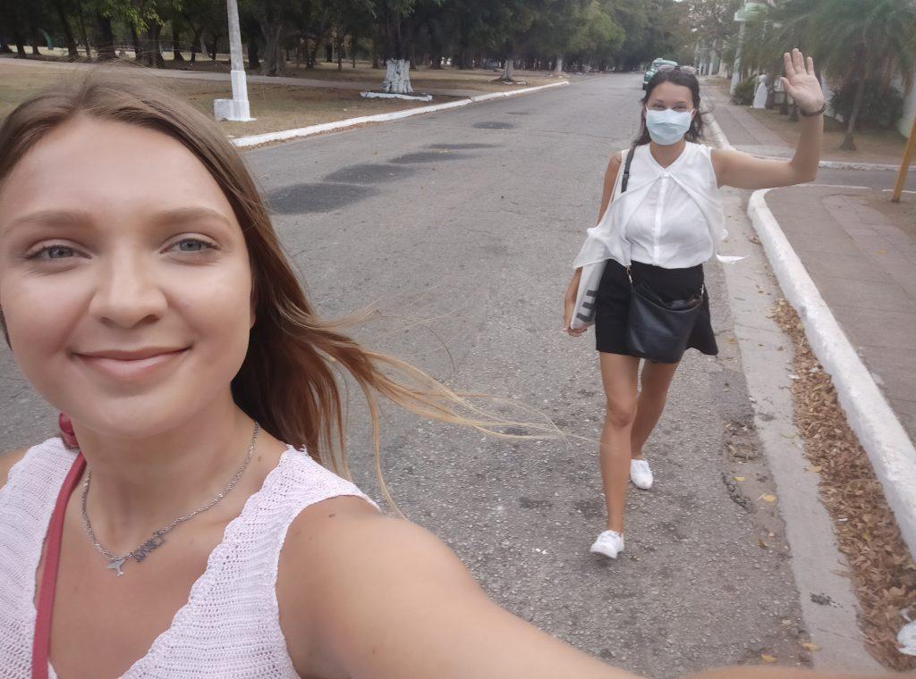 Magda Švecová na Kube pedagógovia FMK v karanténe