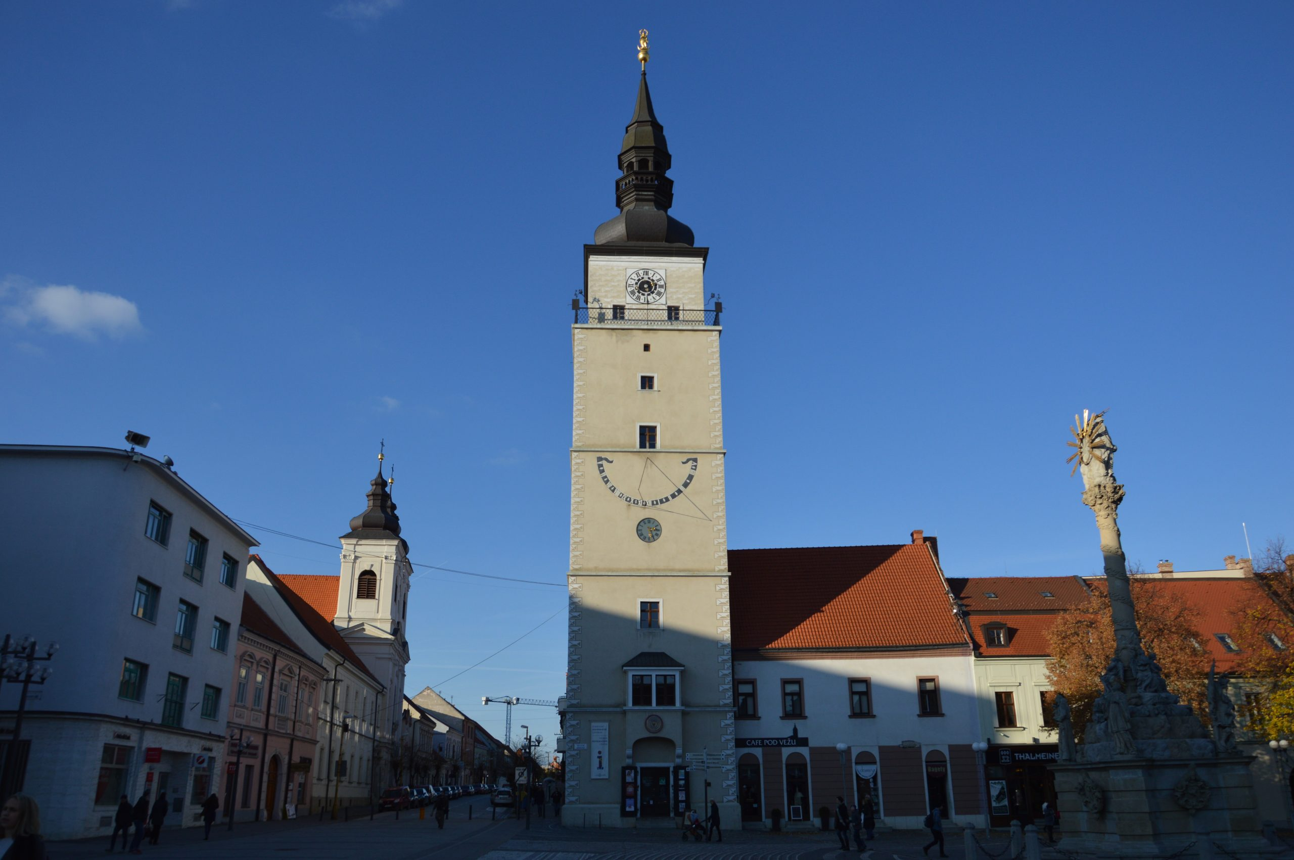 Mestská veža v Trnave na Trojičnom námestí. Zdroj: Daniel Bíro
