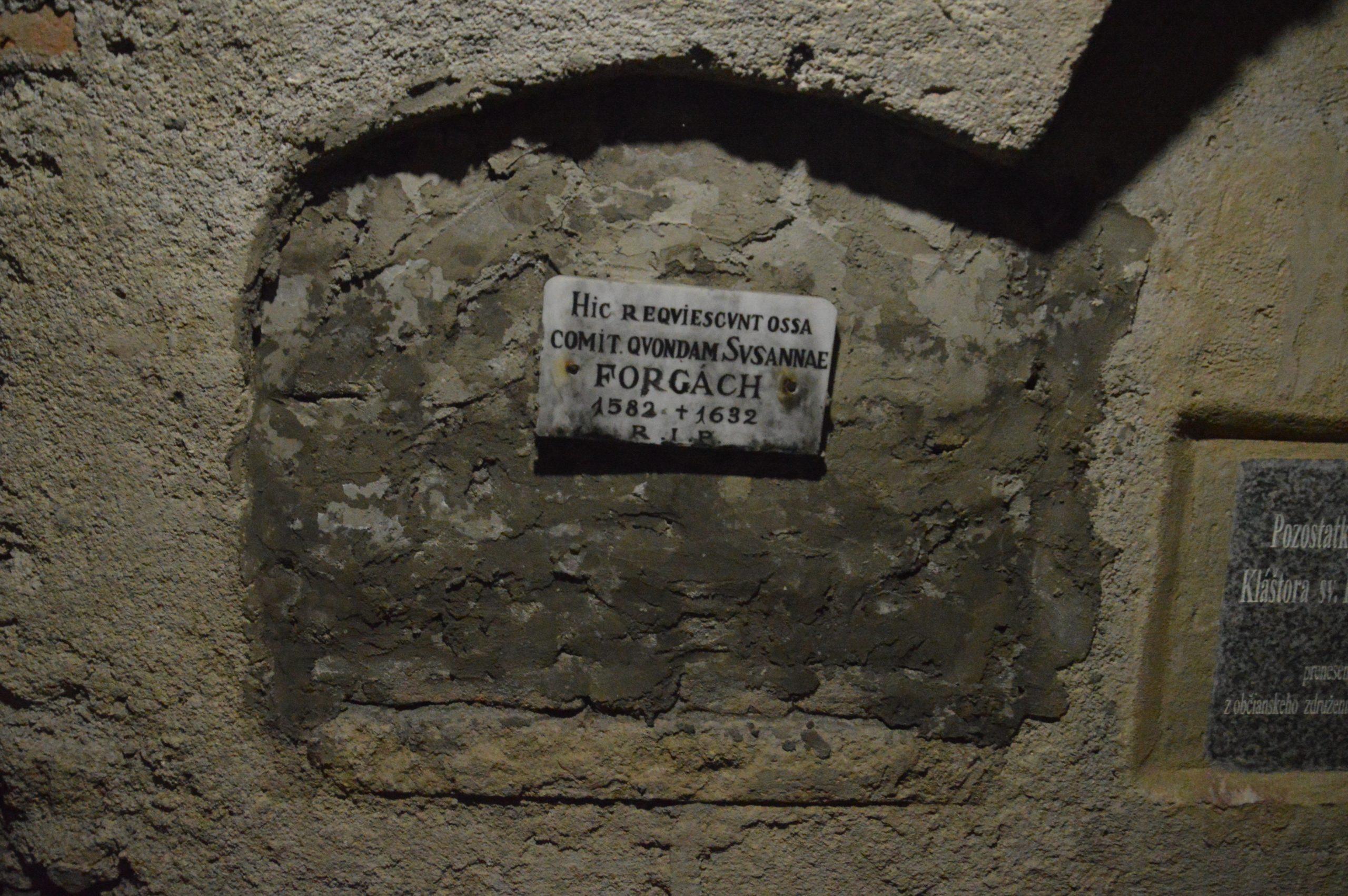 Hrob Zuzany Forgáčovej. Zdroj: Daniel Bíro