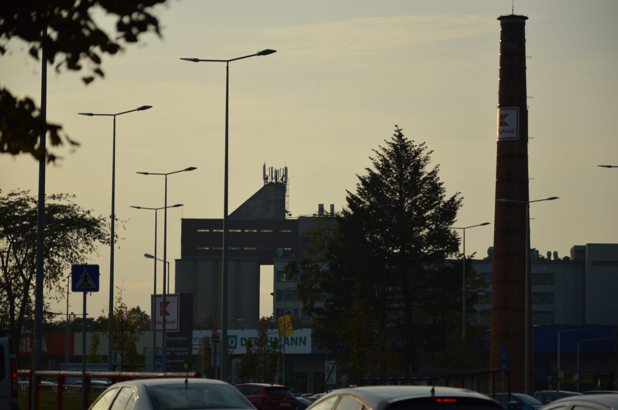 Automatický mlyn NUPOD viditeľný aj z Cukrovej ulice. Zdroj: Daniel Bíro