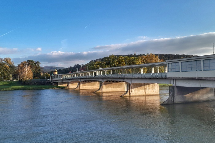 Kolonádový most v Piešťanoch je jednou z najznámejších slovenských stavieb Emila Belluša. Zdroj:zpiestan.sk