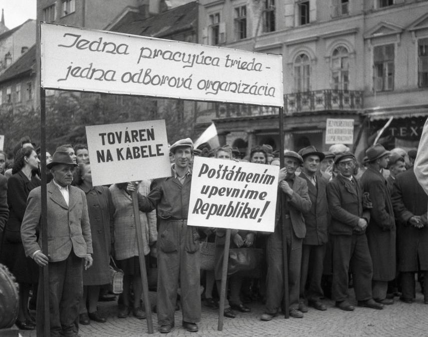 Aké boli zločiny komunizmu? 7 dôvodov, prečo je nevyhnutné brániť demokraciu