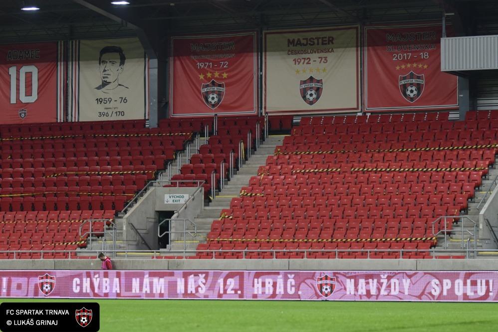 Futbalové štadióny zívajú prázdnotou. Ako sa žije Spartaku Trnava počas pandémie?