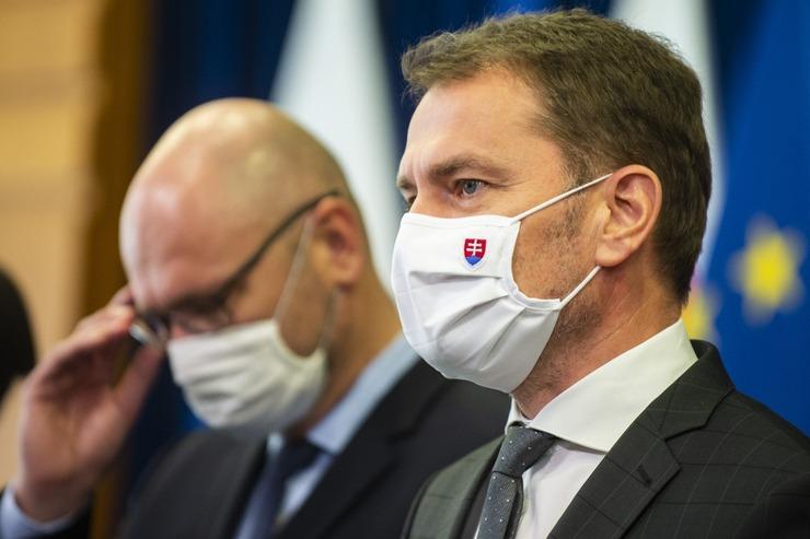Komentár: Padá vláda Igora Matoviča, niečo si želaj