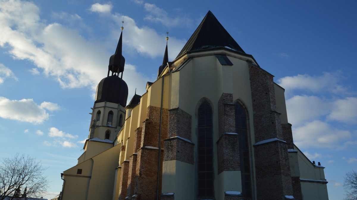 Komentár: Je otváranie kostolov dobrý nápad? Pohľad na Krajniakov návrh trochu inak