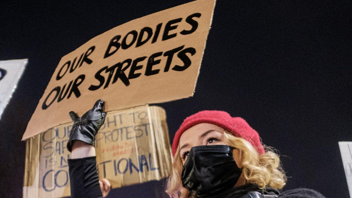 Vražda Sarah Everard: Násilie na ženách je jedno z najčastejšie porušovaných ľudských práv súčasnosti