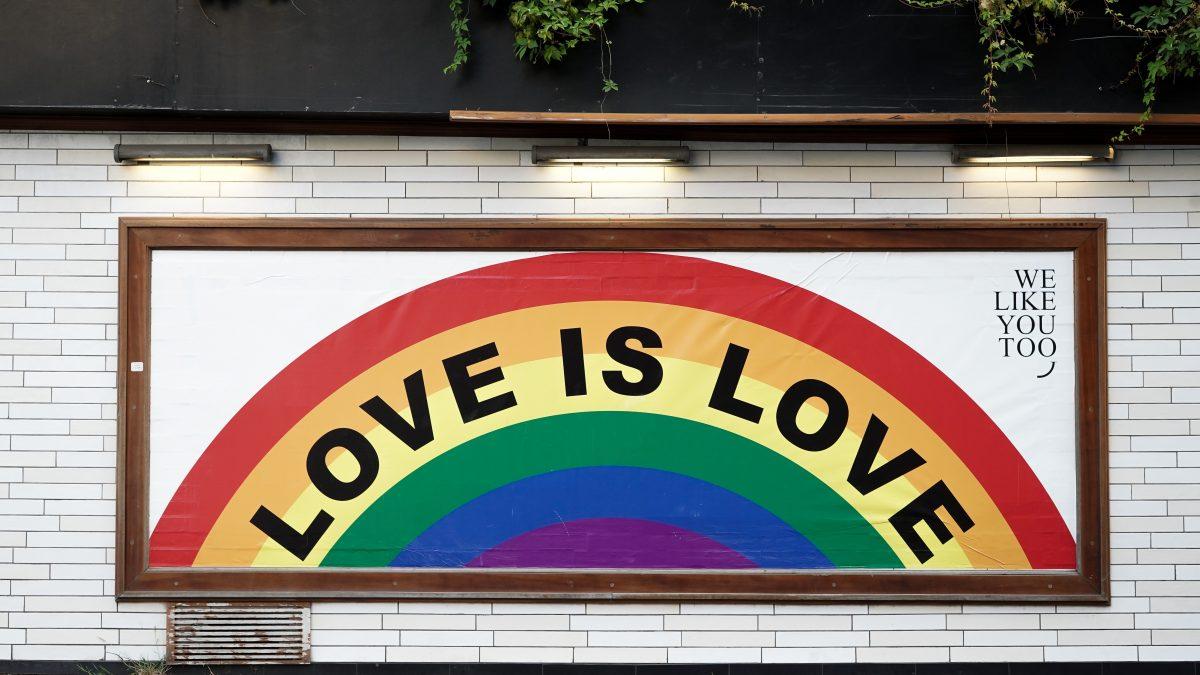 Komentár: Diskriminácia LGBT komunity je na Slovensku stále témou. Ako ju vníma spoločnosť?