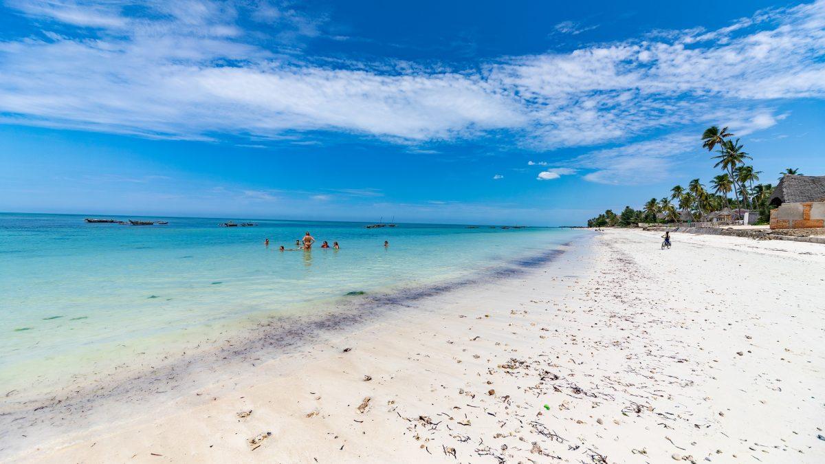 Utratené peniaze by som lepšie minul na slovenskej turistike, hovorí navrátilec zo Zanzibaru