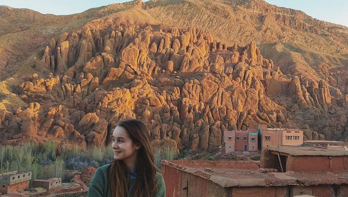Podcastt: Očkujte sa, aby sme mohli opäť všetci cestovať, odkazuje mladá sólo cestovateľka